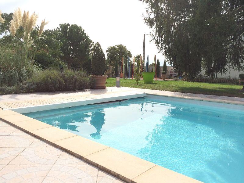 Gite la villa des pins bienvenue sur le site internet de for Gite de france bourgogne avec piscine